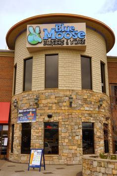 Blue Moose Burgers & Wings in Pigeon Forge