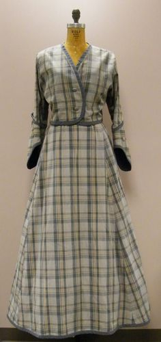 VTG 1950s Costume for Edwardian Steampunk Revival 2pc Plaid Victorian Jacket and Full Skirt