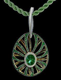 Pendant Spider - Mousson Atelier White gold 750, Green tourmaline 2,67 ct., Diamonds, Tsavirites