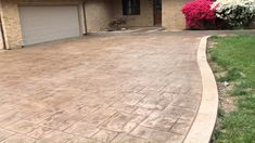 Stamped concrete is a system of adding colors, patterns and textures to a plain concrete slab at the time of pouring. Concrete Patio Designs, Cement Patio, Backyard Patio Designs, Backyard Landscaping, Landscaping Ideas, Patio Ideas, Stamped Concrete Patios, Concrete Patio Extension Ideas, Stamped Concrete Colors