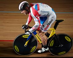 Track Cycling is our passion and something we want to share with you all, which is why we bring you all the latest Track Cycling News from Track Racing Track Cycling, Cycling News, Cycling Art, Cycling Bikes, Custom Bikes, Courses, Golf Bags, Russia, Challenges