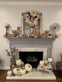 Fall Fireplace Decor, Fall Mantel Decorations, Fireplace Ideas, Fireplace Mantles, Mantel Ideas, Fireplaces, Fall Home Decor, Autumn Home, Décor Antique