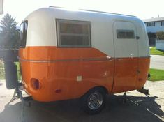 Pearl orange boler. I love this little orange trailer, it's a good shade of orange (not to bright)