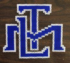 Perler fuse bead Toronto Maple Leafs logo by PkmnMasterTash/pkmnmastertash-creations/Natasha Lazaravich