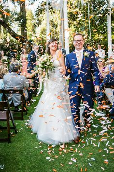 Andrejka Photography | Galleries Fun wedding ideas using confetti gorgeous couple and wedding ceremony
