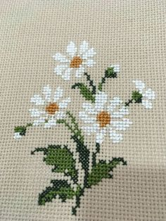 ideas for embroidery patterns cross stitch funny Cross Stitch Rose, Cross Stitch Borders, Cross Stitch Designs, Cross Stitching, Cross Stitch Patterns, Cross Stitch Flowers Pattern, Embroidery Stitches, Embroidery Patterns, Hand Embroidery