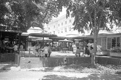 Empress Place Food Centre closed in 1983. Photo credit: Ministry of Information and the Arts Collection/NAS.