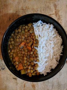 Vegetarian Meals don't have to meat meat dishes without the meat. Here are my five favourite vegetarian meals. No Meat Needed Vegetarian Meals, Chana Masala, Chefs, Soup Recipes, Good Food, Notes, Dishes, Meat, Ethnic Recipes