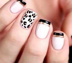 Esmaltes: branco, preto e dourado. Nail Art: Oncinha e francesinhas duplas.