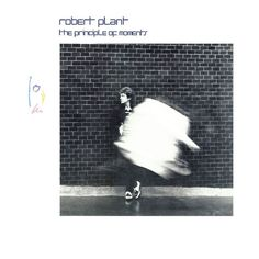 Robert Plant - The Principle Of Moments LP - 1983 - Es Paranza 90101 - Vintage Vinyl LP Record Album by rockcityrecords on Etsy Robert Plant Albums, Plant Song, Dik Dik, Linda Thompson, Page And Plant, Rock Hits, Emmylou Harris, Trip Hop, Musica