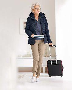 Dookoła świata niezależnie od wieku! Sprawdź więcej na http://www.tchibo.pl/urlop-moda-i-dodatki-na-podroz-t400070659.html