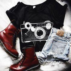 Esta roupa é da minha coleção em @shoplehappy . Eu fiz um video com 12 maneiras e looks diferentes. O link esta na minha biografia.  #lover #bloggerlife #looks #brasil🇧🇷 #cute😘 #bloglehappy #fashion #model📷 #luannaperezfan #perezluanna #blogger #hair  #luanna90style #luap #luannagarreaudperez #lehappy #fashionblog #inspirational