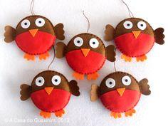 Set of 5 Christmas Robins - Christmas ornaments. €9.00, via Etsy.