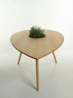 Spire Table & Trialog Chair by Philipp Von Hase Photo
