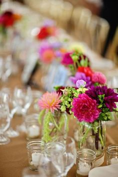 Colorful-Dahlia-Centerpiece