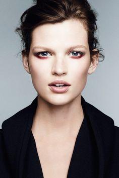"KASIA M. / Vogue said: "".genes so good you can eschew make up and skip moisturizer. Love Makeup, Makeup Inspo, Makeup Inspiration, Makeup Looks, Hair Makeup, Pretty Makeup, Beauty Bar, Beauty Make Up, Hair Beauty"