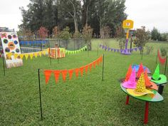 For playground / fall festival decor- use stakes from admission sign by front drive Fall Carnival, Carnival Themes, First Birthday Parties, First Birthdays, Mario Crafts, Summer Camp Art, Fall Festival Games, Girl Superhero Party, Craft Projects For Kids