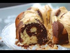 Recipe and how-to video for a chocolate, vanilla and coffee bundt cake, a.a Mocha coffee coffee cake, topped with coffee glaze that you eat with coffee. Amazing Chocolate Cake Recipe, Best Chocolate Cake, Chocolate Coffee, Fun Desserts, Delicious Desserts, Chocolate Marble Cake, The Joy Of Baking, Cake Recipes, Dessert Recipes