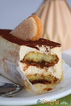 Tiramisu rapid si delicios reteta Sweets Recipes, Cooking Recipes, Desserts, Marsala, Iftar, Roasted Potatoes, Tiramisu, Mcdonalds, Vanilla Cake