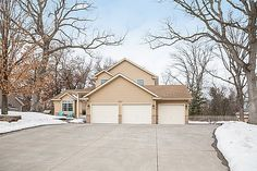 Beautiful curb appeal and oversized 3 car garage with parking pad and access to backyard  3847 Tessier Trail, Vadnais Heights, MN 55127  http://www.movingtominnesota.com/property-item/gorgeous-vadnais-heights-home/