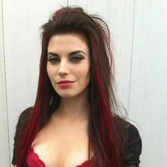 Love her hair Meghan ory