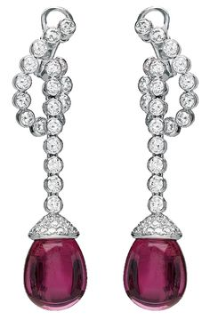 Égérie earrings, Chaumet, Paris.