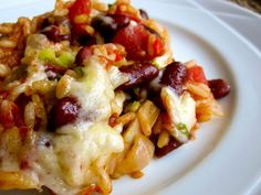 A simple and healthy one-dish Mexican meal with rice, kidney beans, veggies and cheese. 1 tsp vegetable oil1 onion, chopped2 cloves garlic, crushed1 14 oz can sliced mushrooms1 large red pepper, chopped1/2 cup water3/4 cup converted rice1 19 oz can red kidney beans, drained and rinsed1 19 oz can diced tomatoes2 tsp chili powder2 tsp cumin1/4 …