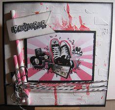 Tones scrapperom: Rosa og sort ungdomskort med sko/musikk