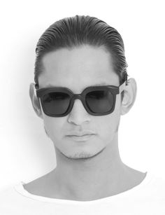 20083edf7cd 23 fantastiche immagini su Sunglasses