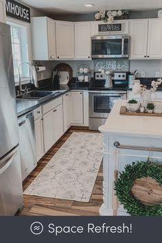 Kitchen Redo, Home Decor Kitchen, Interior Design Living Room, Home Kitchens, Kitchen Shop, Island Kitchen, Diy Kitchen Makeover, Diy Kitchen Ideas, Small Kitchen Makeovers