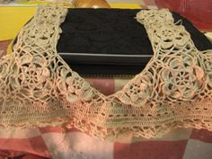 I like this shade of yellow.The top part is rather easy to make. ...