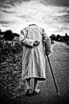 YA KNOW THIS PICTURE REALLY SAYS ALOT BECAUSE MY FEELING IS THAT TO ALOT OF FOLKS ELDERLY ARE INVISIBLE THANK YOU GOD FOR GIVING ME A HEART JUST FOR THEM....