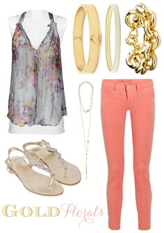 Relaxed floral outfit