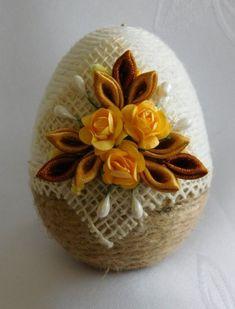 Jute Crafts, Egg Crafts, 3d Paper Crafts, Plastic Canvas Crafts, Easter Crafts, Diy And Crafts, Coconut Decoration, Egg Shell Art, Creative Food Art