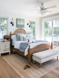 Fall home decor master bedroom lake house Neutral Bedrooms, Coastal Bedrooms, Coastal Master Bedroom, Relaxing Master Bedroom, Beach Bedrooms, Modern Bedrooms, Luxury Bedrooms, Guest Bedrooms, Master Bedrooms
