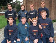 Fergie's Fledglings (1992) Front row - Gary Neville, Ferguson, Scholes, Sheringham Back row (?) Beckham, Butt, Phil Neville