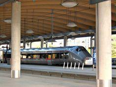 Norway: Oslo Gardermoen airport, railway station