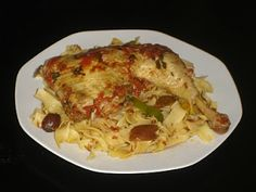 Authentic Greek Recipes: Greek Chicken With Peppers, Olives And Hilopites