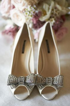 Intimate Rustic County Lodge Wedding in Australia Nature inspired wedding in Australia via Bridal Musings. Fancy Shoes, Bow Shoes, Bride Shoes, Me Too Shoes, Sparkly Wedding Shoes, Bow Wedding, Sparkly Shoes, Wedding Story, Wedding Bells