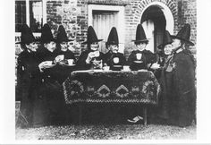 Se acerca una noche importante para los satanistas: Noche de Brujas! http://iglesiadesatan.com/