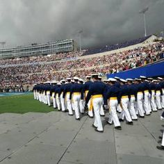 Air Force Academy Graduation-need to start getting in shape so that when JJ graduates and I go there for it he'll get a nice surprise of a wife in incredible shape :) Colorado Springs, Blue Wedding, Wedding Band, College Football Players, Air Force Academy, Spring Air, Rotc, Dream School, Naval Academy