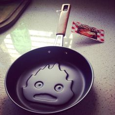 Howl's Moving Castle Calcifer Frying Pan. May all your bacon burn! Haha
