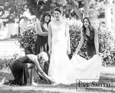 Meet the best family & wedding photographer in Randburg. Eve Smith is a reputable Gauteng wedding photographer with incredible camera-skills. ESproductions also does product photography and event photography. Love Photography, Wedding Photography, A Moment In Time, Studio Shoot, Best Wedding Photographers, Professional Photographer, Family Portraits, Wedding Day, The Incredibles