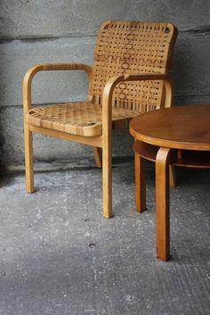 luxurious homes interior Alvar Aalto, Vintage Chairs, Vintage Furniture, Table Furniture, Furniture Design, Minimalist Furniture, Selling Furniture, Mid Century Modern Furniture, Home Deco