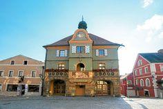 Furth im Wald: Hier findet seit über 500 Jahren der Drachenstich statt, Deutschlands ältestes Volksschauspiel.