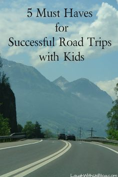 5 Must Haves for Successful Road Trips with Kids #FebrezeCar #sp