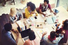 Vous voulez lancer votre startup et devenir enfin indépendant ? Découvrez quelques astuces afin de commencer de la meilleure façon possible et éviter les erreurs courantes : http://www.webmarketing-com.com/2016/03/14/46162-petit-guide-jeune-startuper