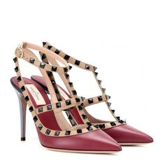 Valentino Rockstud Leather Pumps (€910) ❤ liked on Polyvore featuring shoes, pumps, red, red leather shoes, red leather pumps, genuine leather shoes, leather pumps and valentino shoes