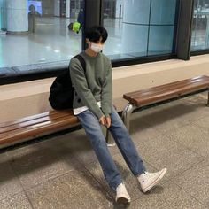 Indie Outfits, Korean Outfits, Cool Outfits, Aesthetic Fashion, Aesthetic Clothes, Korean Fashion Men, Mens Fashion, Photo Pose For Man, Minimal Outfit