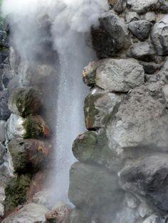 """Geyser Tatsumaki-Jigoku of the Beppu """"Hells"""""""